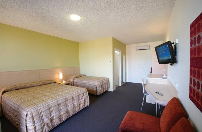 Adelaide Road Motor Lodge - Southport Accommodation