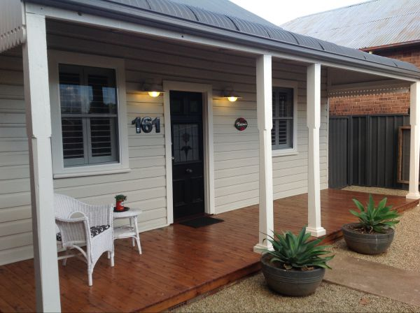 Thelma's Temora - Southport Accommodation