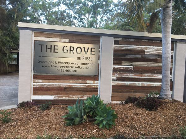 The Grove on Russell - Southport Accommodation