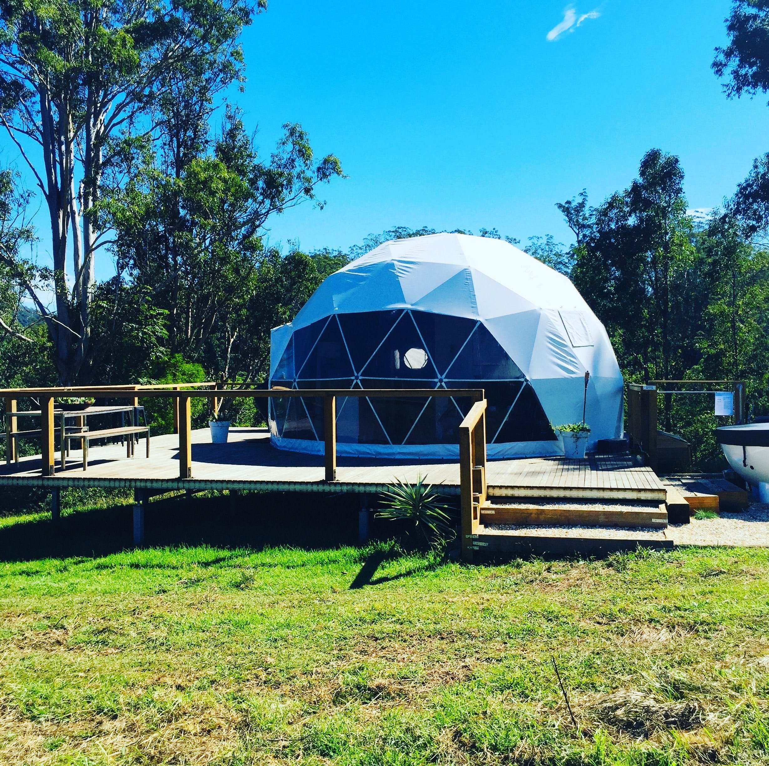 Nature Domes - Southport Accommodation