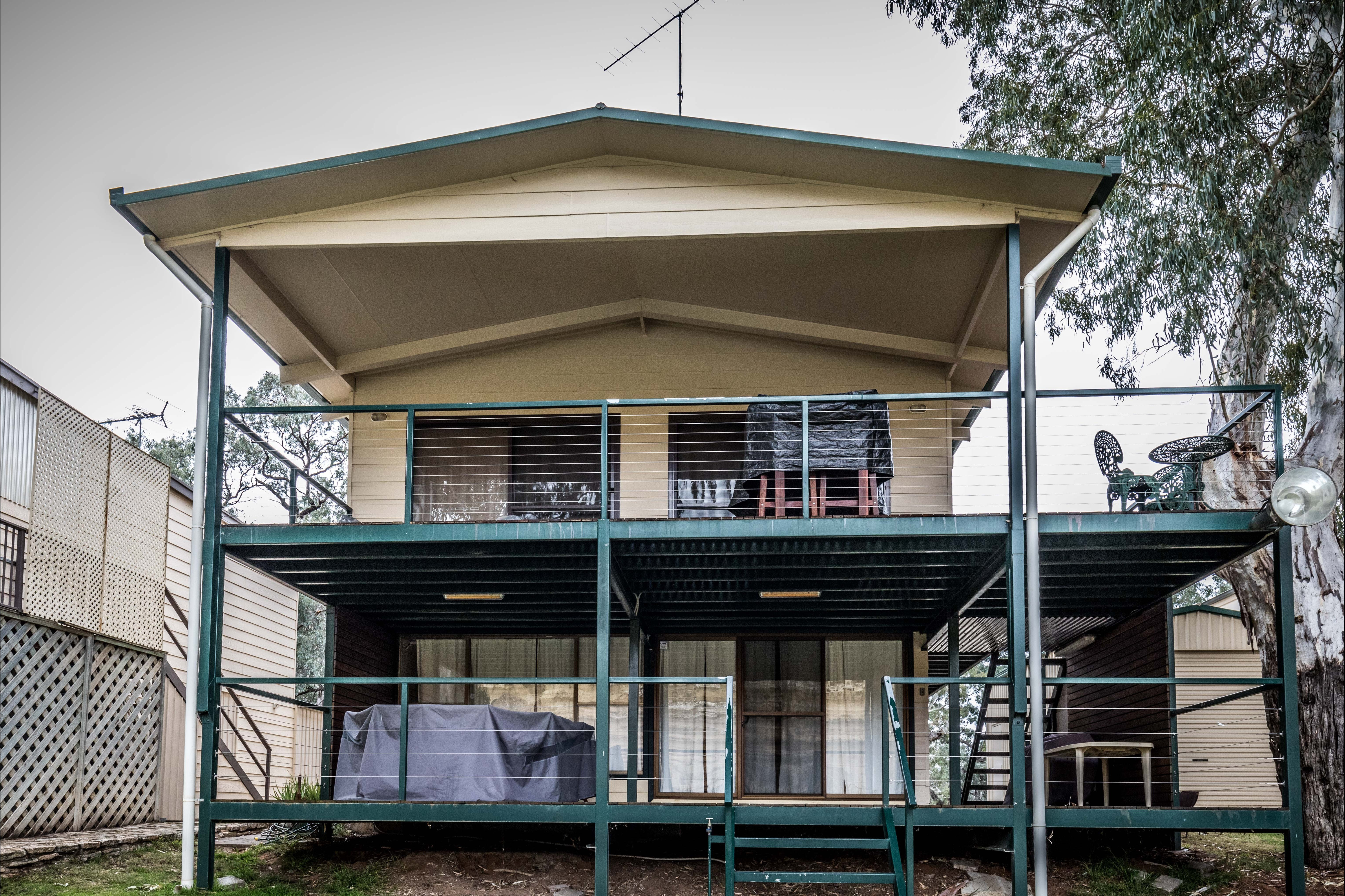 Page Drive Blanchetown  -River Shack Rentals - Southport Accommodation
