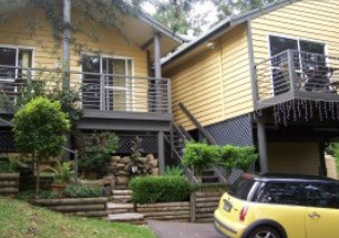 Ttwo Peaks Guesthouse - Southport Accommodation