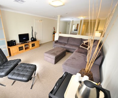 Breakwater Bed And Breakfast - Southport Accommodation