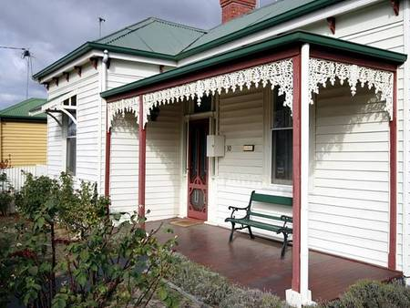 Isabella at Kyneton - Southport Accommodation