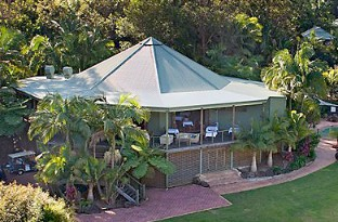 Peppers Casuarina Lodge - Southport Accommodation