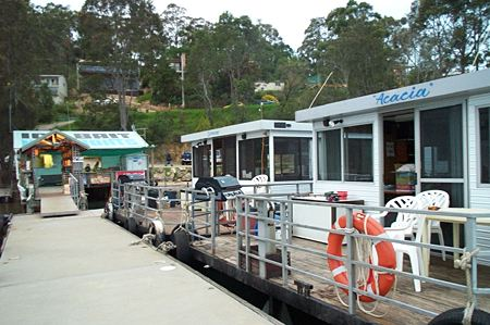 Clyde River Houseboats - Southport Accommodation