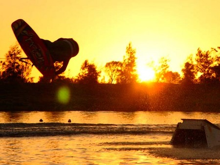 Bonney's WA Water Ski Park - Southport Accommodation