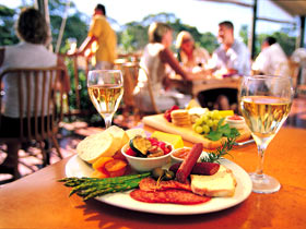 Eldredge Vineyards And Restaurant - Southport Accommodation