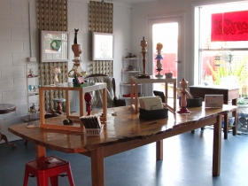 Portside Open Studio/Gallery of GINA - Southport Accommodation