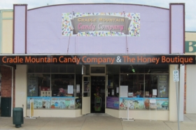 Cradle Mountain Candy Company and Honey Boutique - Southport Accommodation