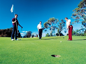 Mt Vista Golf Club - Southport Accommodation