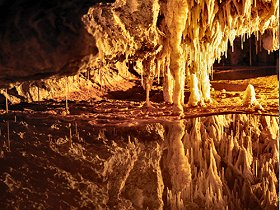 Marakoopa Cave - Southport Accommodation