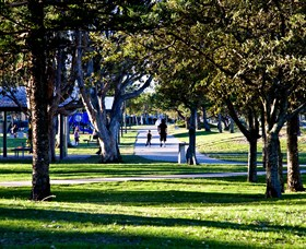 Paradise Point Parklands - Southport Accommodation