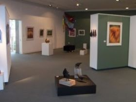 Warwick Art Gallery - Southport Accommodation
