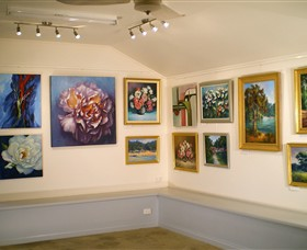 Ros McArthur Art Studio - Southport Accommodation