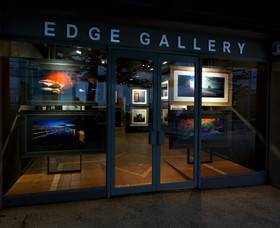 Edge Gallery Lorne - Southport Accommodation