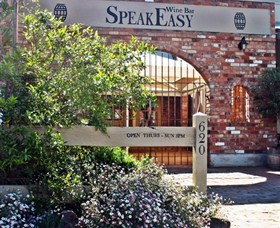 Speakeasy Wine Bar - Southport Accommodation
