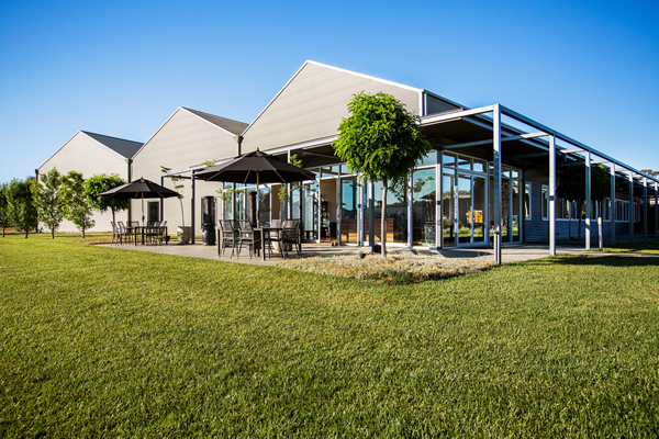 Bunnamagoo Wines - Southport Accommodation
