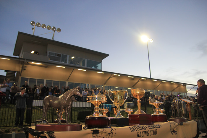 Bathurst Harness Racing Club - Southport Accommodation