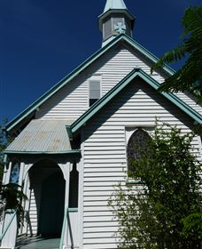 Saint Peter's Anglican Church - Southport Accommodation