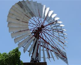 Barcaldine Windmill - Southport Accommodation