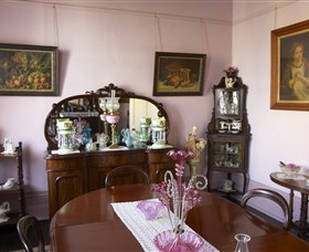 Jerilderie Historic Residence - Historic Home and Gardens - Southport Accommodation