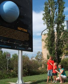 Worlds Largest Virtual Solar System Drive - Southport Accommodation