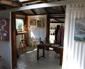 Tin Shed Gallery - Southport Accommodation