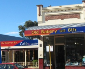 The Old Bakery on Eighth Cafe