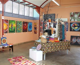 Dunghutti Ngaku Aboriginal Art Gallery - Southport Accommodation