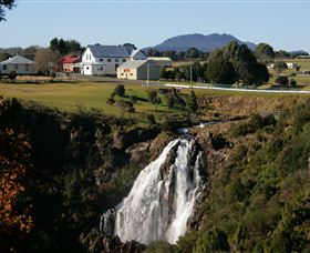 Waratah Falls - Southport Accommodation
