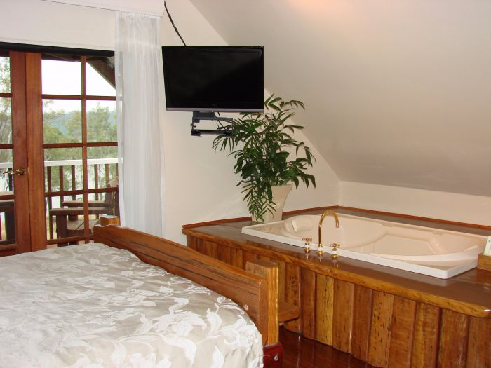 Clarence River Bed and Breakfast - Southport Accommodation