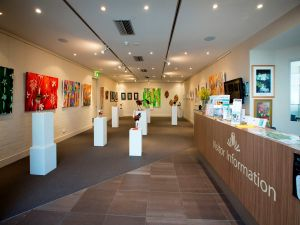 Australian National Botanic Gardens Visitor Centre Gallery - Southport Accommodation