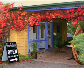 Macedon Ranges Arts Collective - Southport Accommodation