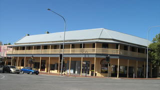 Colac Hotel - Southport Accommodation