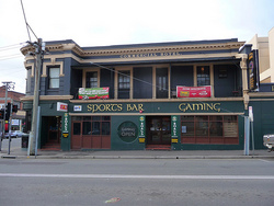Commercial Hotel Launceston - Southport Accommodation