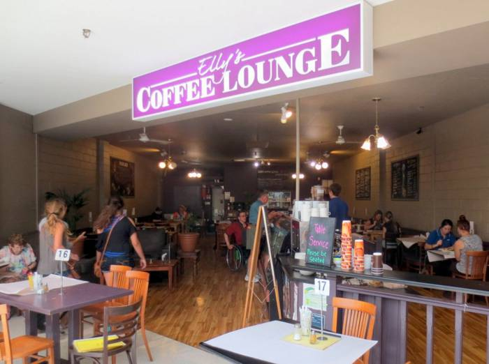 Ellys Coffee Lounge - Southport Accommodation