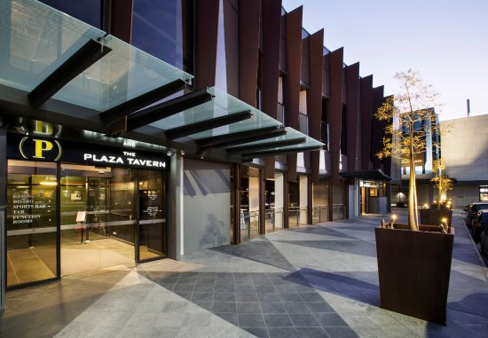 Werribee Plaza Tavern - Southport Accommodation