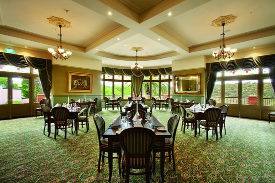Heritage Restaurant - Southport Accommodation