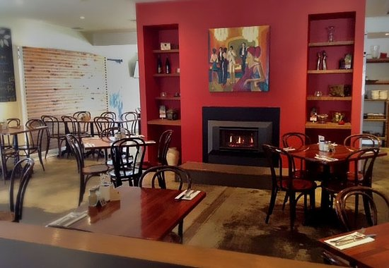 RED Wine Bar and Bistro - Southport Accommodation