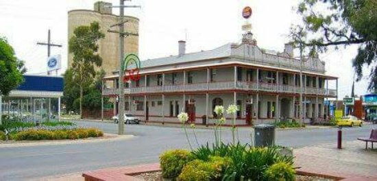 The Grand Central Hotel - Southport Accommodation