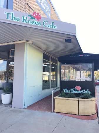 The Roses Cafe - Southport Accommodation