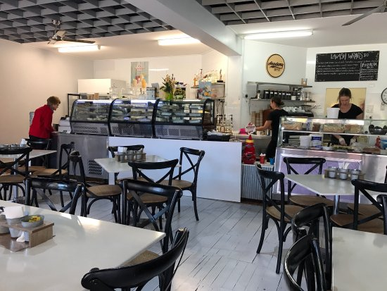 EClairs Coffe Shop - Southport Accommodation
