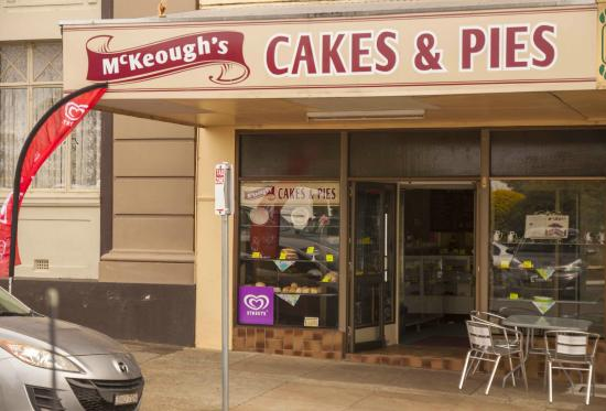 McKeoughs Cake Shop - Southport Accommodation