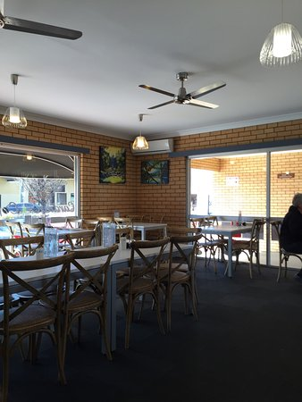 Cardian's Coffee Lounge - Southport Accommodation
