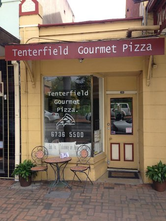Tenterfield Gourmet Pizza - Southport Accommodation