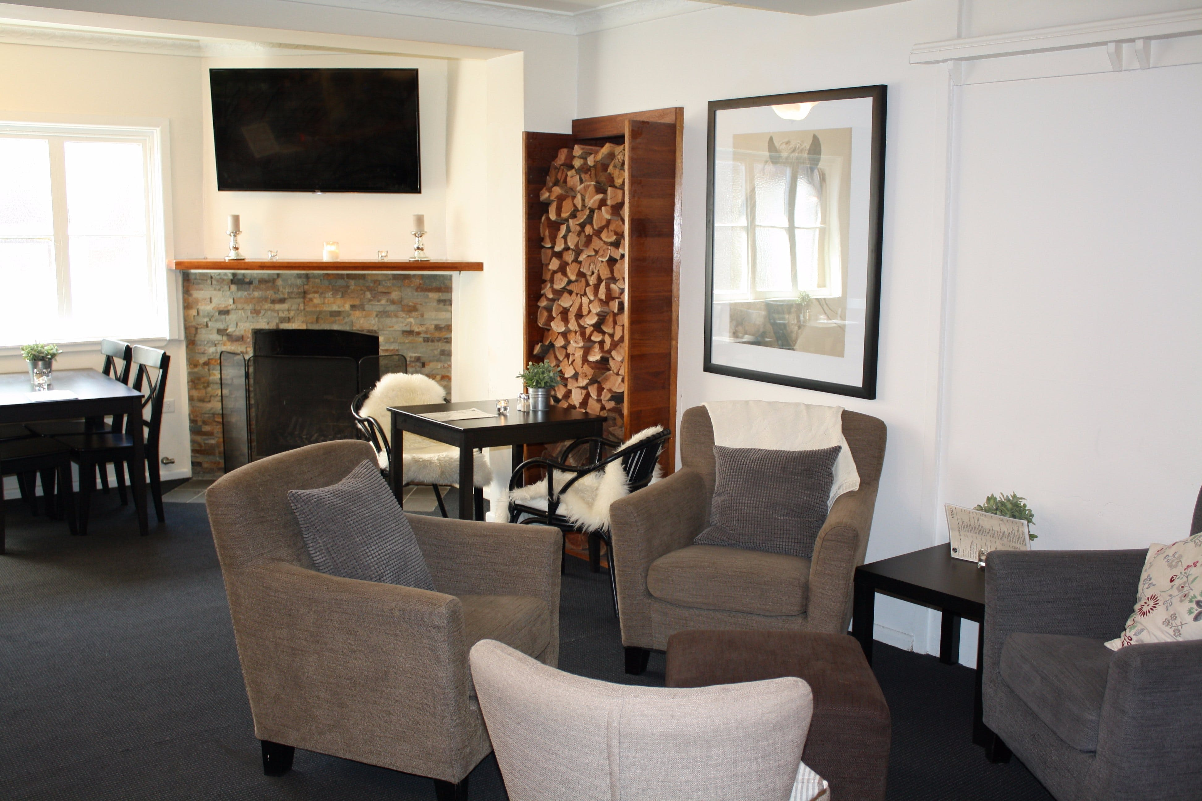 Criterion Bistro Crookwell - Southport Accommodation