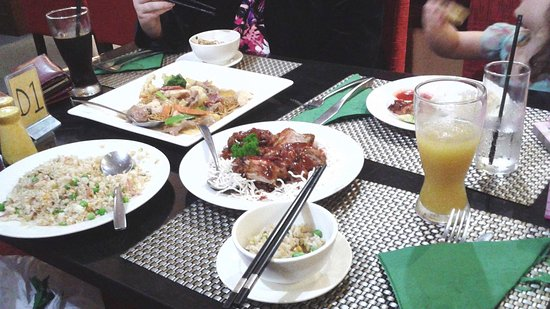 Dragon Garden Family Restaurant - Southport Accommodation