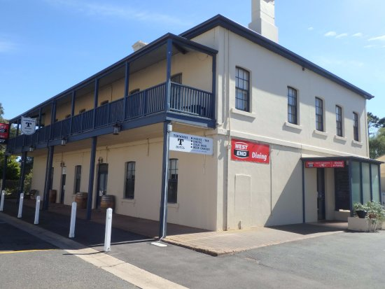 Terminus Hotel - Southport Accommodation