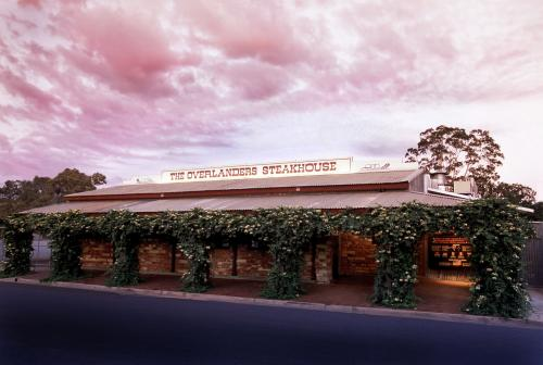 The Overlanders Steakhouse - Southport Accommodation